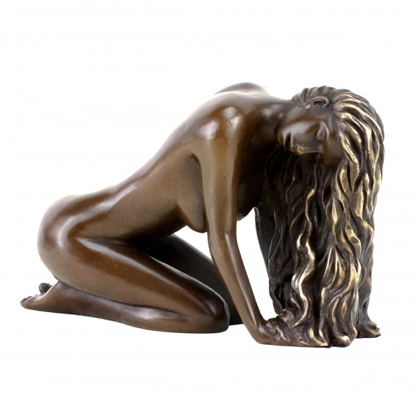 Erotic Bronze Figurine - Erotic Girl Julie - Erotic Nude by Patoue
