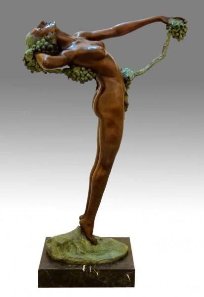 Large bronze sculpture - The Vine (1921) - Harriet Frishmuth