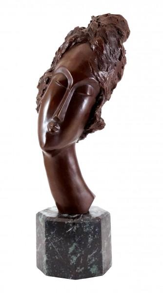 Bronze sculpture - Woman's Head - sign. Amedeo Modigliani