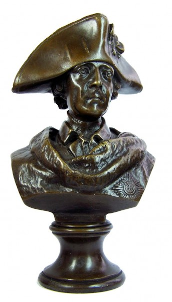 Frederick II. the Great bronze bust, big hat - signed Gladenbeck