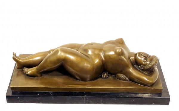 Modern Art Bronze - XXL Woman dorsal signed Botero