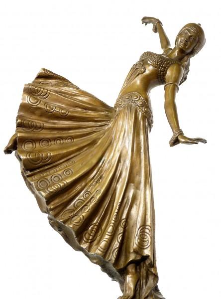 Beautiful Art Deco bronze Chorus Girl signed Chiparus
