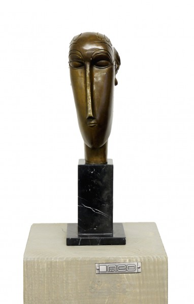 Modern Sculpture - Woman's Head (1912), sign. A. Modigliani