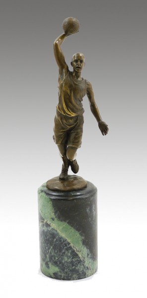 Great Bronze Cup - The Basketball Player - signed Milo