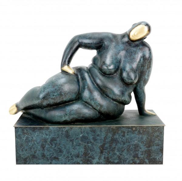 Reclining Bulky Erotic Nude - Lady Rosanna - Martin Klein - Limited