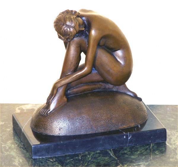 Art Nouveau Bronze Shy Nude Sitting Lady - Dreaming - by Milo